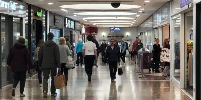 NOT ALL DOOM AND GLOOM IN SHOPPING CENTRES AS HARVEY CENTRE HARLOW SPRINGS TO LIFE – Addington Capital reassured by turnover and footfall in shopping centre despite Lockdown blues